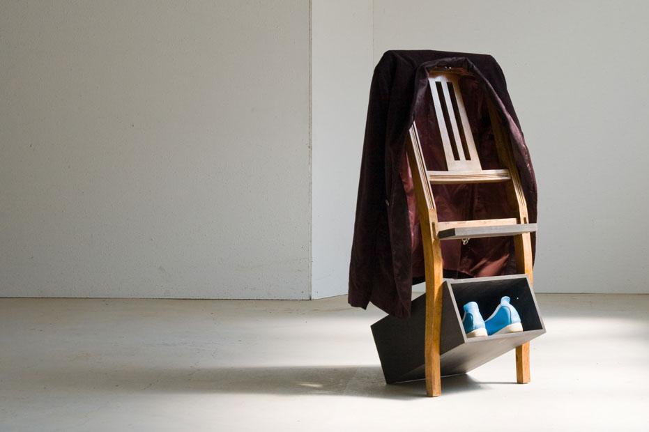 antik kombo showroom. Black Bedroom Furniture Sets. Home Design Ideas